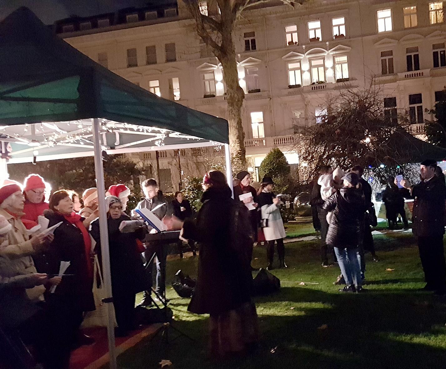 Christmas-Tree-lighting-2018-2